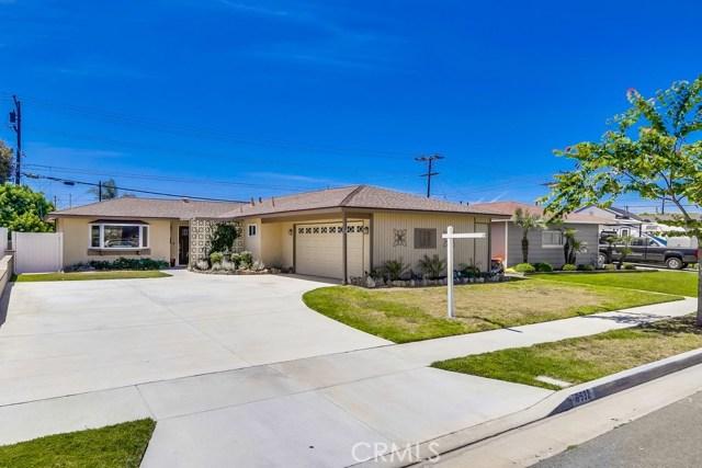6532 Oakgrove Circle, Huntington Beach, CA 92647