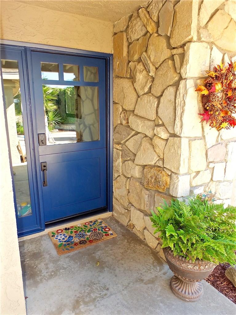 6111 Monero Drive, Rancho Palos Verdes, California 90275, 3 Bedrooms Bedrooms, ,2 BathroomsBathrooms,For Sale,Monero,PV20238777