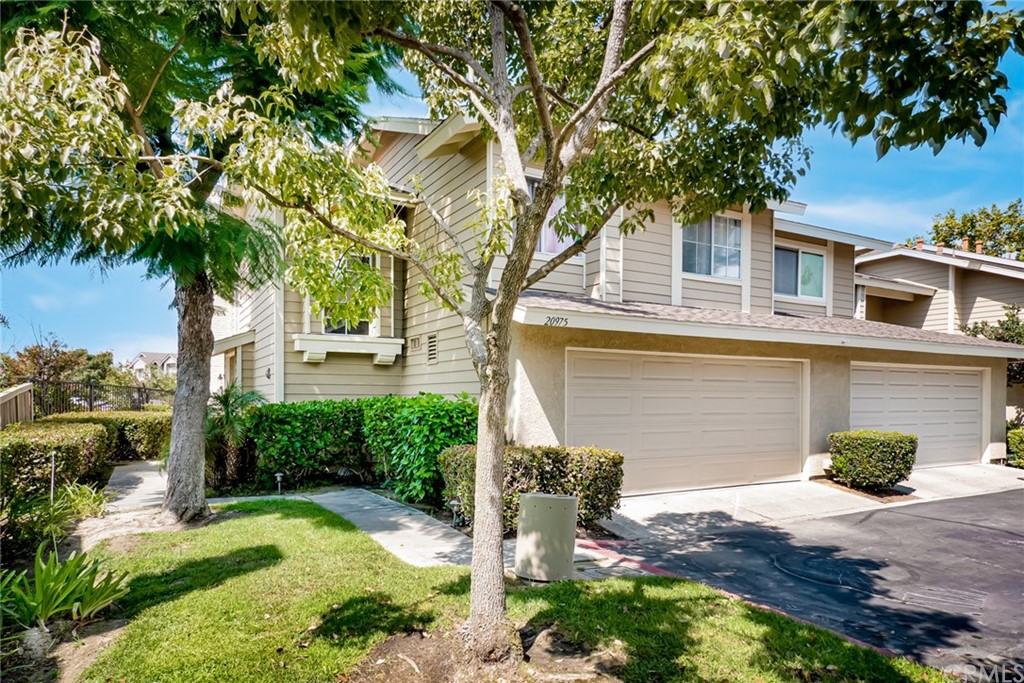 20975     Eagles     70, Lake Forest CA 92630