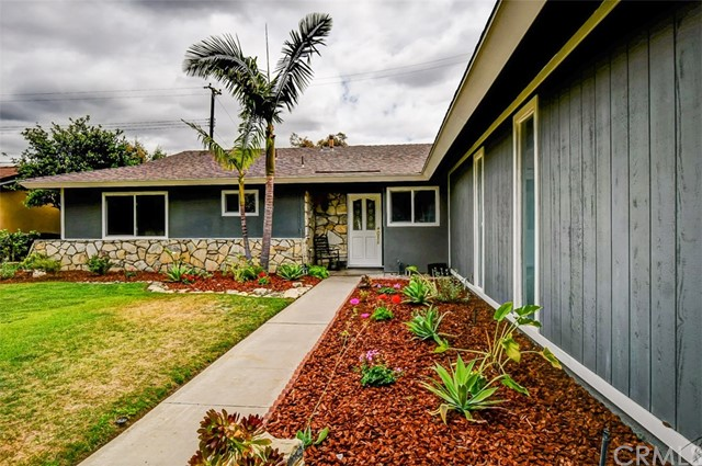 2724 E Maverick Avenue, Anaheim, CA 92806