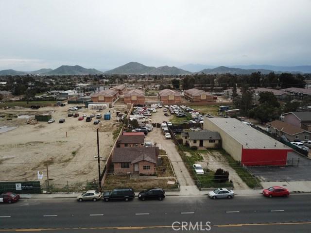 16389 Arrow Boulevard, Fontana, CA 92335