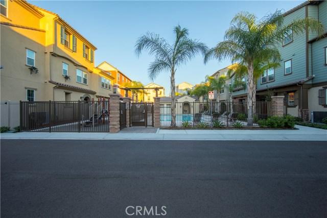 219 W Tribella Court, Santa Ana, CA 92703