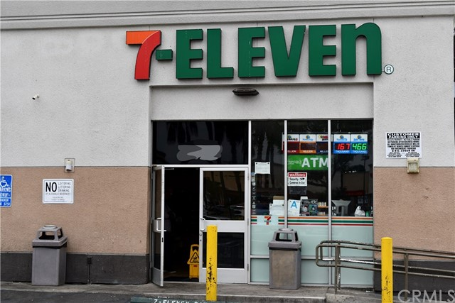 2902 E Florence Avenue, Huntington Park, CA 90255