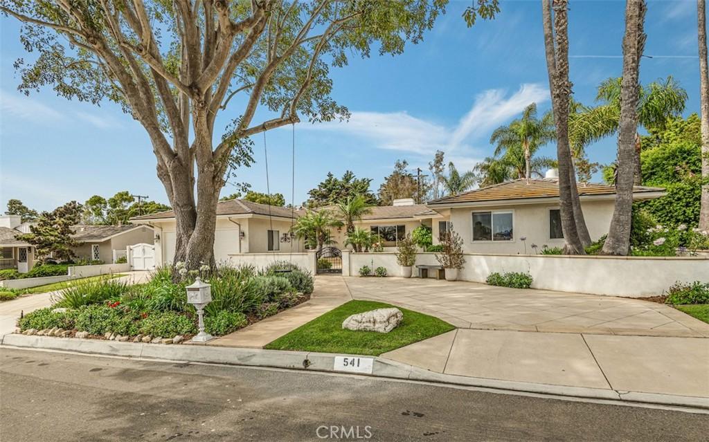 Photo of 541 Paseo Lunado, Palos Verdes Estates, CA 90274