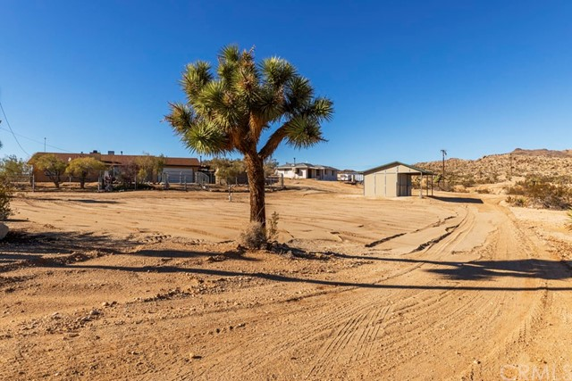 5355 Lomita Road, Joshua Tree, CA 92252