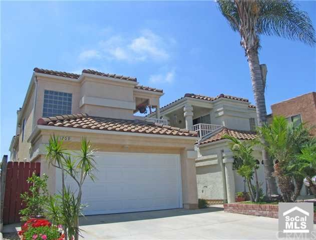 1209  Alabama Street, Huntington Beach, California