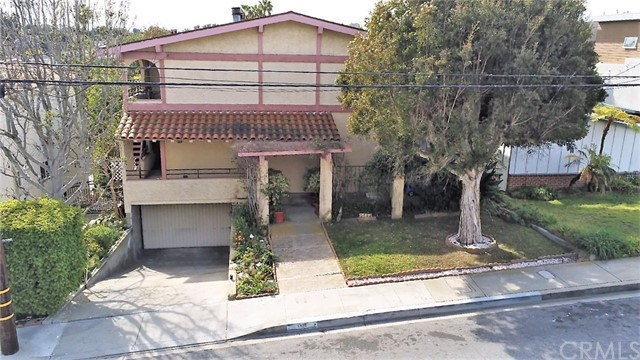 1320 12th Street 2- Manhattan Beach- California 90266, 2 Bedrooms Bedrooms, ,2 BathroomsBathrooms,For Sale,12th,PW20041446