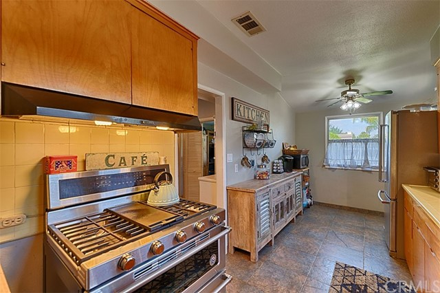 13. 6352 Darlington Avenue Buena Park, CA 90621