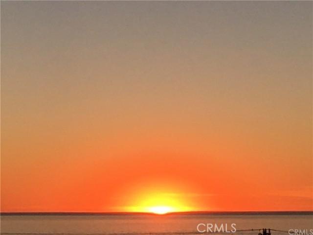 1211 Bayview Dr, Manhattan Beach, CA 90266 Photo