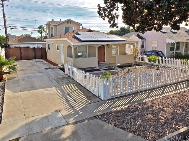 3772 Albury Avenue, Long Beach, CA 90808