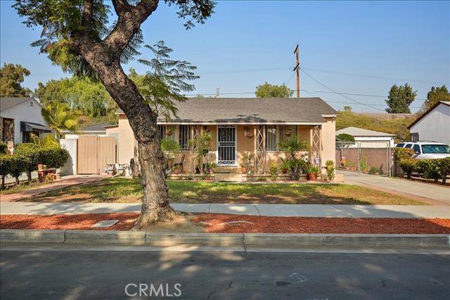 923 E 118th Street, Los Angeles, CA 90059