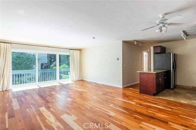 607 Prospect Avenue 202, Redondo Beach, California 90277, 1 Bedroom Bedrooms, ,1 BathroomBathrooms,For Sale,Prospect,SB20145982