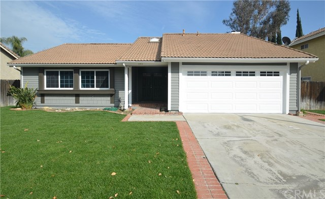 1140 Country Place, Redlands, CA 92374