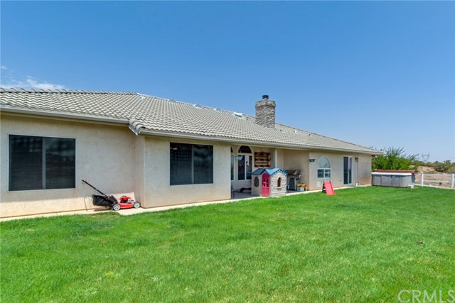 9179 Kittering Rd, Oak Hills, CA 92344 Photo 19