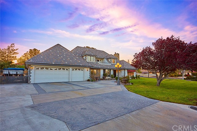 13040 Autumn Leaves Ave, Victorville, CA 92395