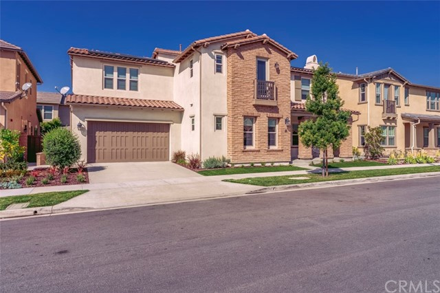 28 Windrow Road, Tustin, CA 92782