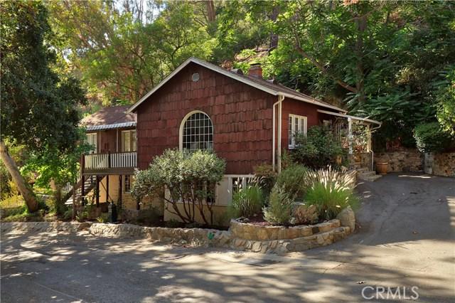 945 Country Club Drive, Burbank, CA 91501