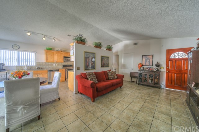 539 E Bonds Street, Carson, CA 90745