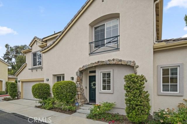 65 Poppyfield Lane, Rancho Santa Margarita, CA 92688