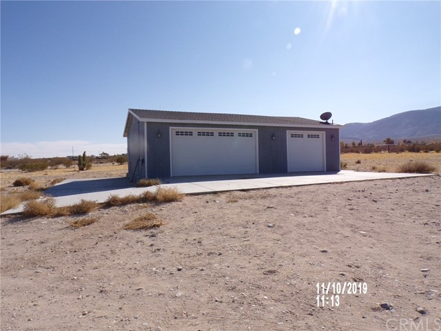 8380 Fairlane Rd, Lucerne Valley, CA 92356 Photo 1
