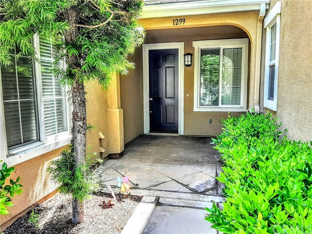 1299 Phillips Drive, Fullerton, California 92833, 2 Bedrooms Bedrooms, ,2 BathroomsBathrooms,Residential,For Rent,Phillips,IG21119654