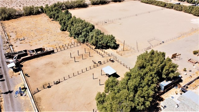 Perhaps you would like to raise some cattle or other livestock.  This property is prepped and ready, including loading chutes and livestock handling pens.  Previous livestock operations on the ranch have included raising goats, ducks, geese, emus, chickens, cattle and buffalo.