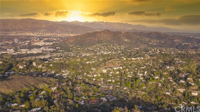 2700 Hrelesden Ct, Hollywood Hills, CA 90046