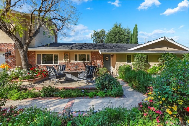 Photo of 1074 Hillcrest Drive, Upland, CA 91784