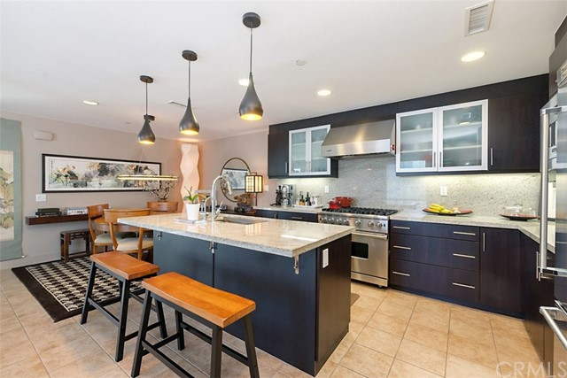 85 Lennox, Irvine, CA 92612
