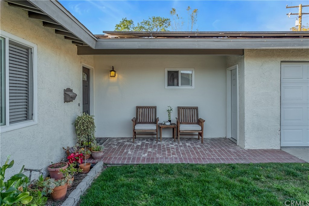 5294   N Mountain View Avenue, San Bernardino CA 92407