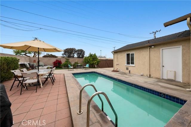 31. 2413 Sebald Avenue Redondo Beach, CA 90278