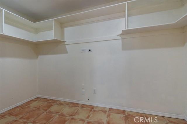 MB2 Closet