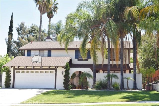 712 Aliso Street, Corona, CA 92879