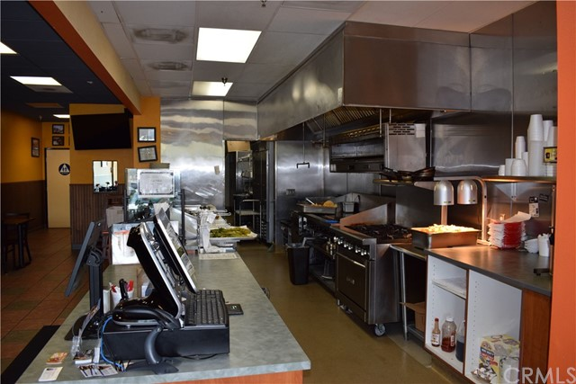 1524 Foothill Bl, La Verne, CA 91750 Photo 18