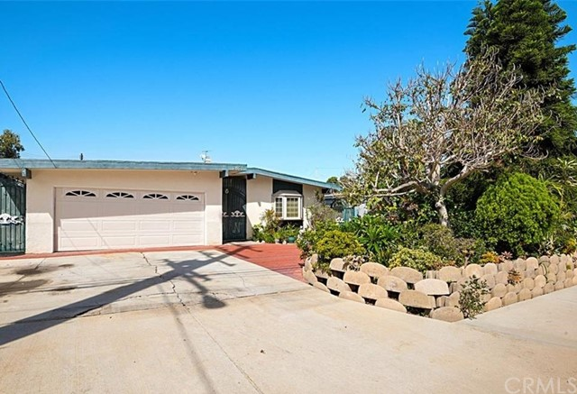 2431 Santa Ana Avenue, Costa Mesa, CA 92627