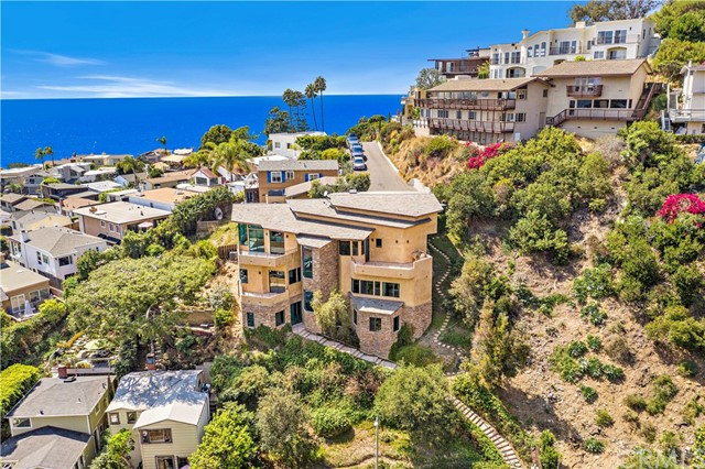 261 Highland Road   Upper Victoria Beach (UVB)   Laguna Beach CA