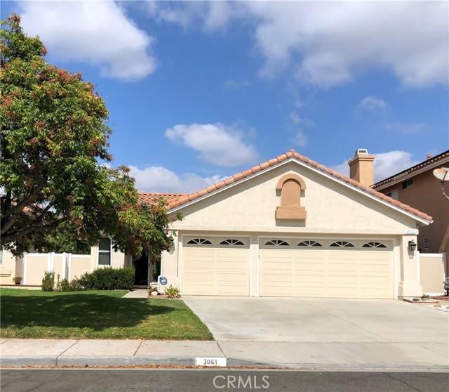 3061 Pembroke Circle, Corona CA: https://media.crmls.org/medias/d42e7f12-a529-4542-bba5-cc2ce20513ed.jpg