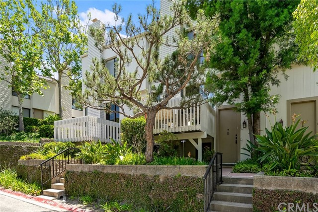 Photo of 3612 W Estates Lane #E, Rolling Hills Estates, CA 90274