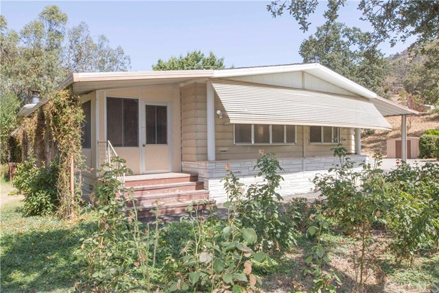 45748 Longview Road, Squaw Valley, CA 93675