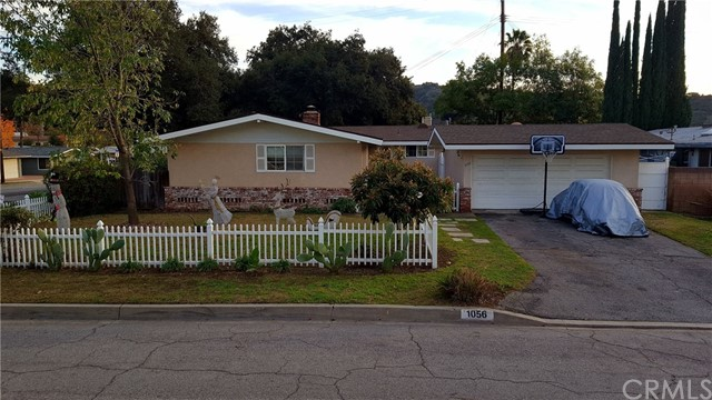 1056 E Walnut Avenue, Glendora, CA 91741