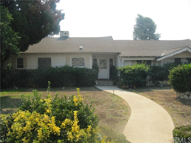 19122 Halsted Street, Northridge, CA 91324