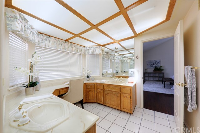 39. 7774 Gainford Street Downey, CA 90240