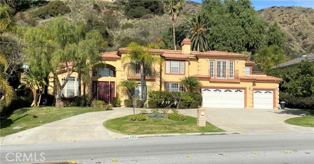 1217 W Sierra Madre Avenue, Glendora, CA 91741