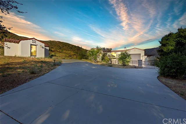 47698 Twin Pines Road, Banning, CA 92220
