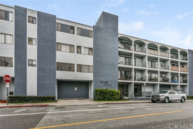 4595 California Avenue 302, Long Beach, CA 90807