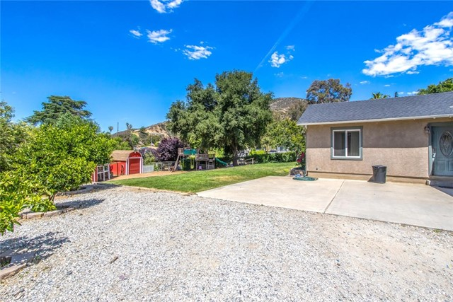 32. 9071 Rancho Drive Cherry Valley, CA 92223