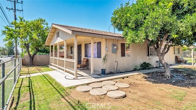 9808 Linden Avenue, Bloomington, CA 92316