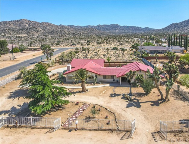 58549 Piedmont Dr, Yucca Valley, CA 92284 Photo