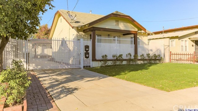 905 E Windsor Road, Glendale, CA 91205
