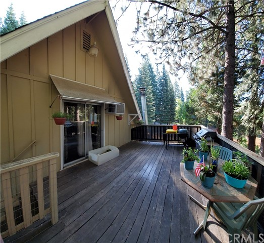 331 Peninsula Dr, Lake Almanor, CA 96137 Photo